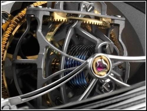 Jaeger-LeCoultre Gyrotourbillon 2 sous les projecteurs ... Gyro3