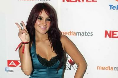 Dulce Maria [1] - Page 6 D2805