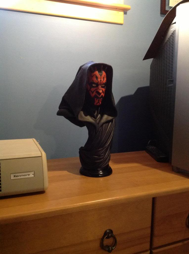 STAR WARS: DARTH MAUL Legendary scale bust Photo1_zps149d4947