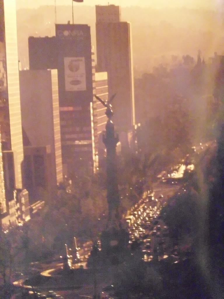 El Paseo de la Reforma y Chapultepec DSCI9506