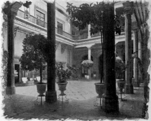 El Paseo de la Reforma y Chapultepec Courtyard-Of-Jockey-Club