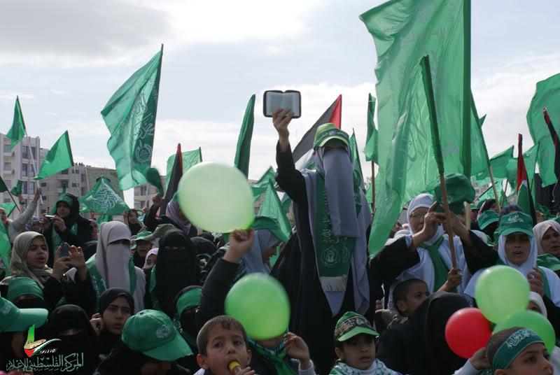 صور مهرجان إنتصار الفرقان في ساحة الكتيبة الخضراء بغزة DSC00075