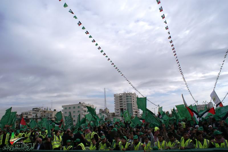 صور مهرجان إنتصار الفرقان في ساحة الكتيبة الخضراء بغزة DSC00110
