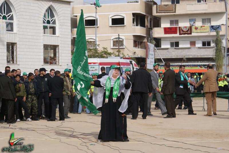 صور مهرجان إنتصار الفرقان في ساحة الكتيبة الخضراء بغزة DSC00201