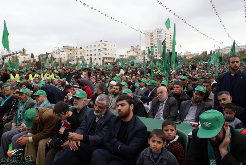 صور مهرجان إنتصار الفرقان في ساحة الكتيبة الخضراء بغزة DSC00376