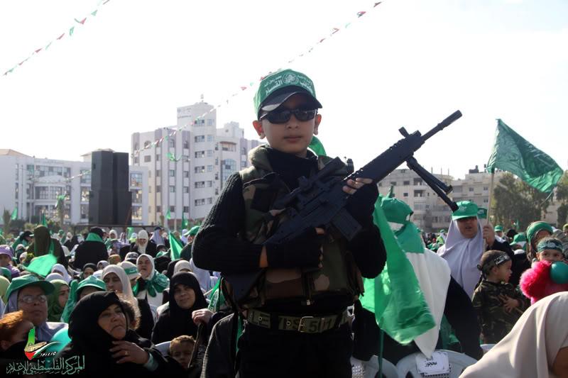 صور مهرجان إنتصار الفرقان في ساحة الكتيبة الخضراء بغزة IMG_6342