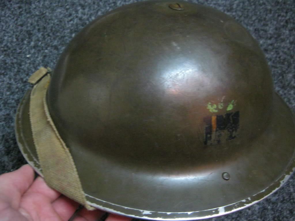 WW II Canadian Helmets - Page 2 IMG_0837