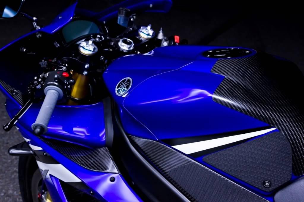 Yamaha 1000 R1 ... - Page 5 R1tank2final