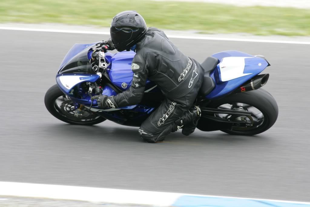 Yamaha 1000 R1 ... - Page 4 WebsizedMQ0Y2620
