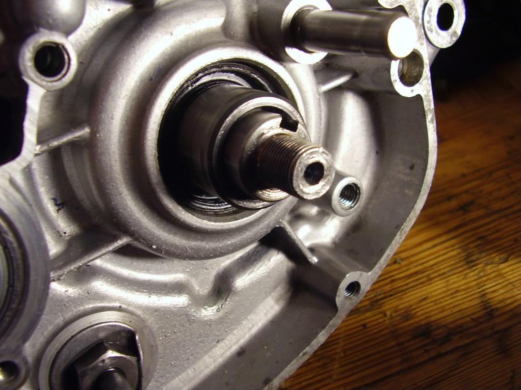 Entretoise du pignon de transmission primaire P3270138