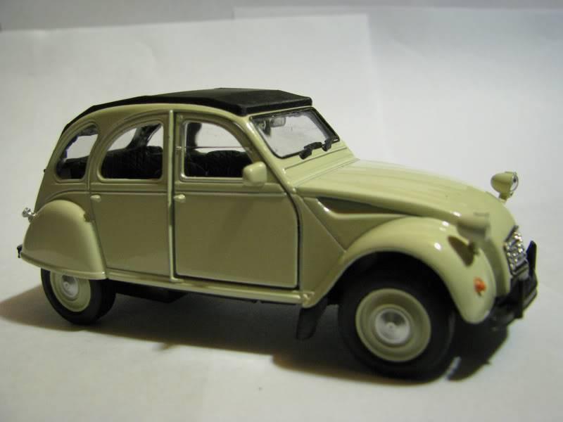 Nueva Coleccion La Tercera : Autos Clasicos (comienza e IMG_0471