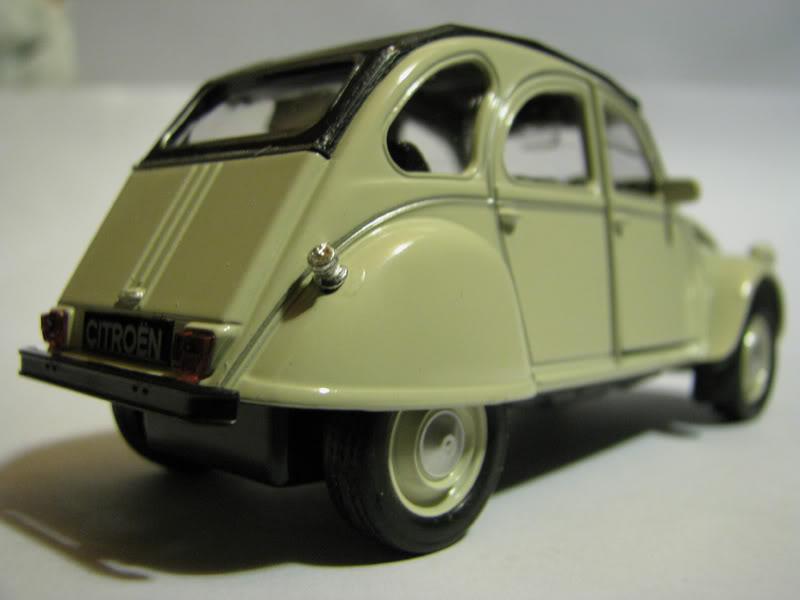 Nueva Coleccion La Tercera : Autos Clasicos (comienza e IMG_0479