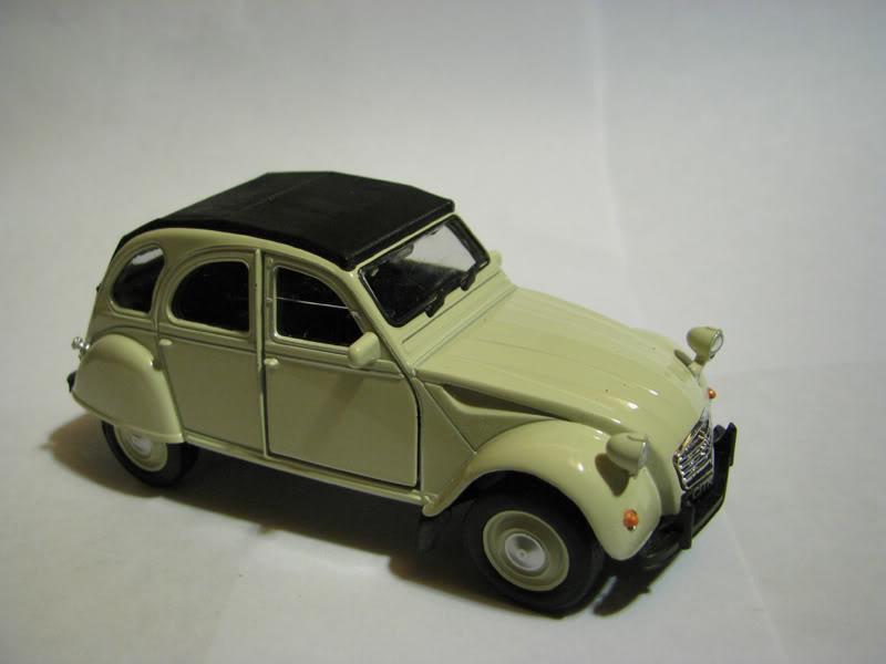 Nueva Coleccion La Tercera : Autos Clasicos (comienza e IMG_0480
