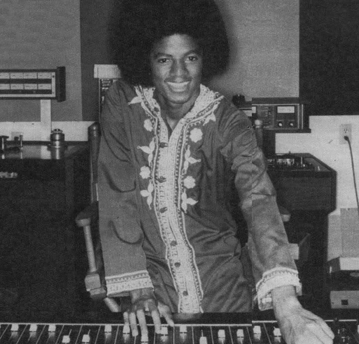 Raridades: Somente fotos RARAS de Michael Jackson. - Página 8 1976HayvenhurstRecordingStudio2