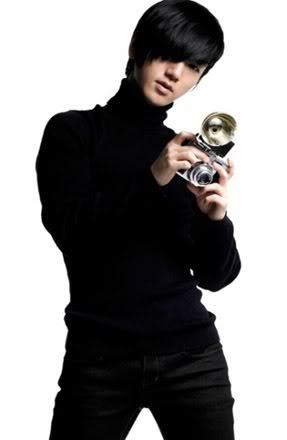 ( boy-band) Super Junior - Corea del Sur  340px-YSACHA02