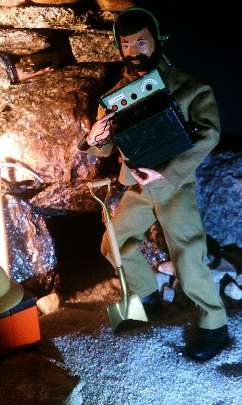 Secret Of The Mummy's Tomb - GI Joe Adventure Team IMAG1356a