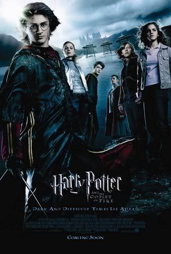 سلسلةHarry Potteكاملة كما وعدتكم ومساحة 700ميجا ومترجمة ولي Harry-potter-4-calice-poster01