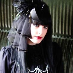 Recomendaciones de maquillaje según el estilo Gothic3