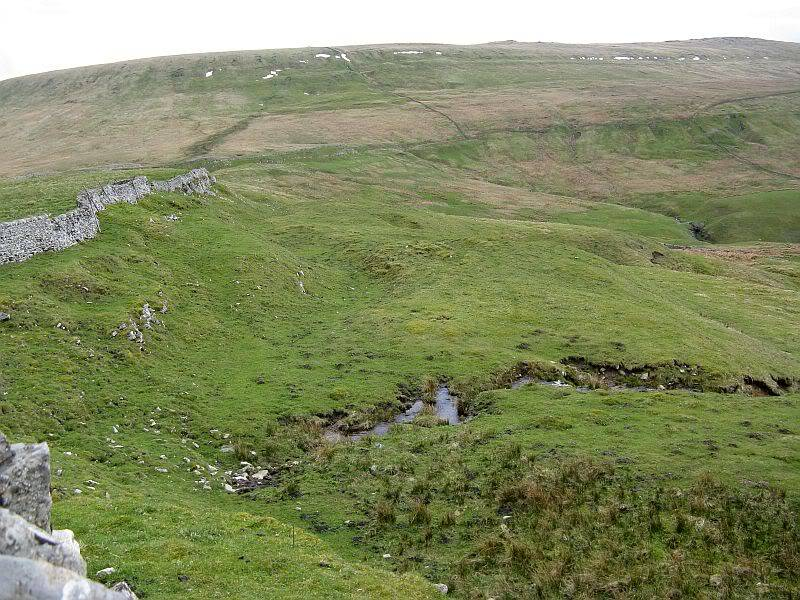 TOR DYKE, above Kettlewell, North Yorkshire SD 978 755.  HER NO: MYD4145 IMG_2640