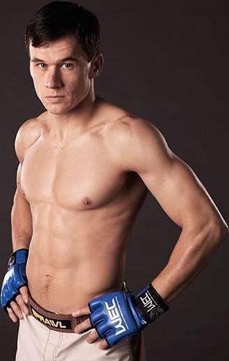MMA Doppelgangers  Bowles330x520