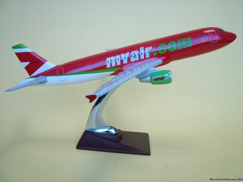 Vand machete avioane civile (multe raritati) - Pagina 2 187_280_a320myair