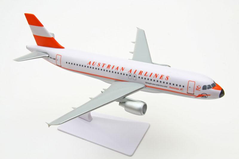Vand machete avioane civile (multe raritati) A320AustrianRetro