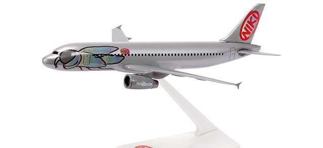Vand machete avioane civile (multe raritati) A320FlyNiki