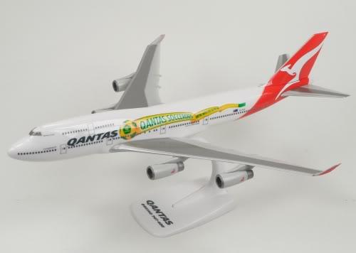Vand machete avioane civile (multe raritati) B747QantasS
