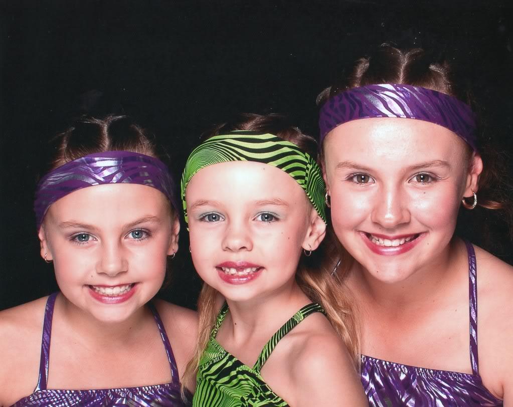 Pics of my 3 girls Img0031