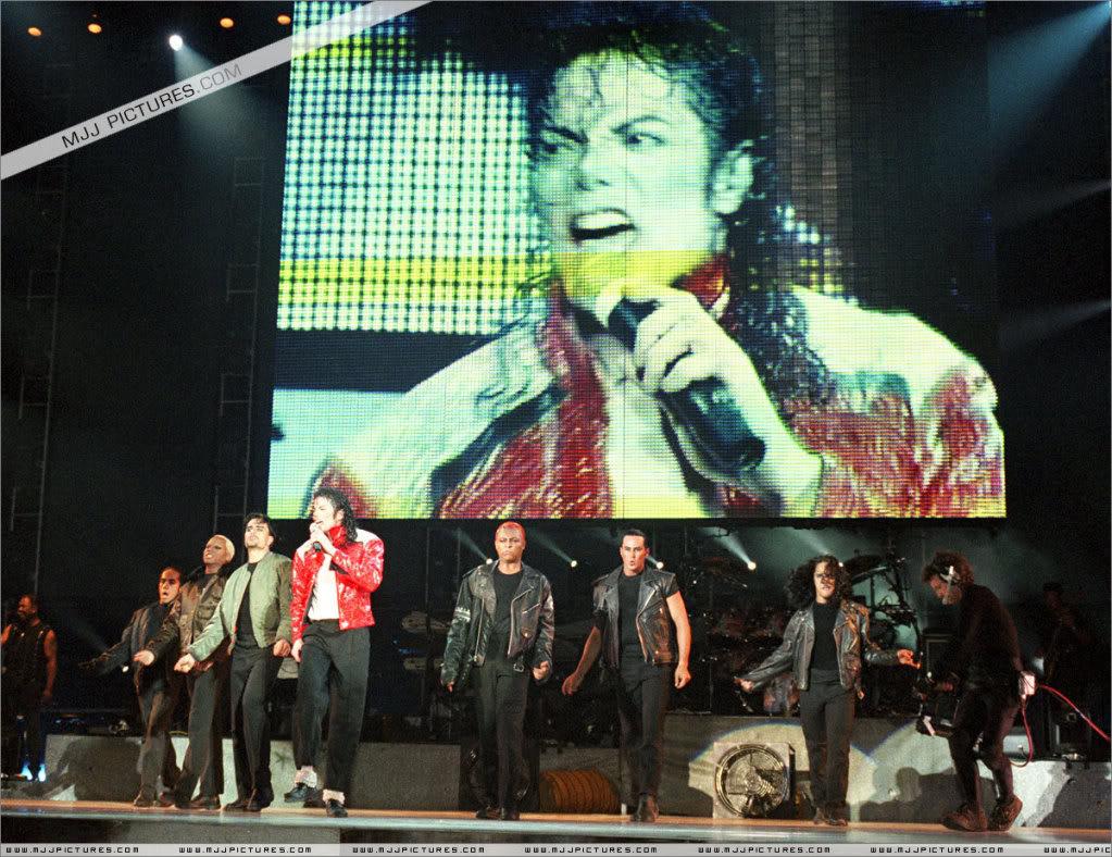 HISTORY TOUR  HIStory-Tour-michael-jackson-877-8