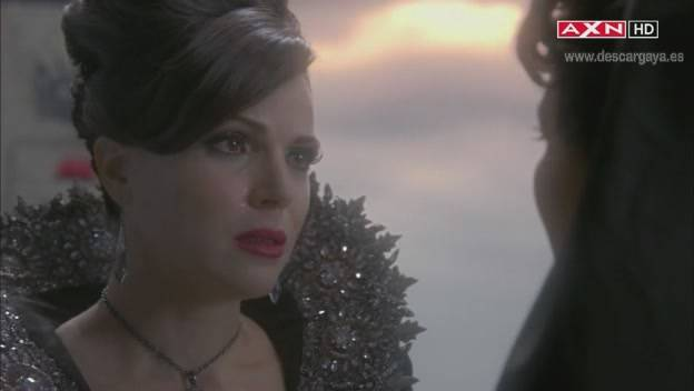 In a garden like a first time OnceUponaTime1x07-ESP00692220-03-53