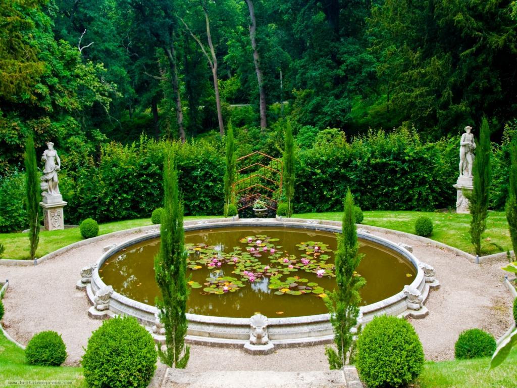 Un día cualquiera en Belvoir Castle - Página 2 1600Belvoir-Castle-2300_zps3b75b05c