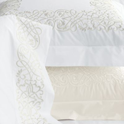 Regalos de Año Nuevo 1538 Embroidered-scroll-pattern-white-ivory-sheets-bedding-500-thread-count-egyptian-cotton-percale_zps7f9b8c84