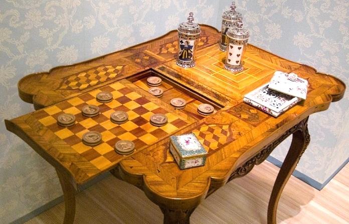 Regalos de Año Nuevo 1538 Games-table_zpsbb3ba5d8