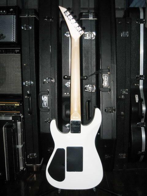 guitars&bass guitars Almostwashburn-back