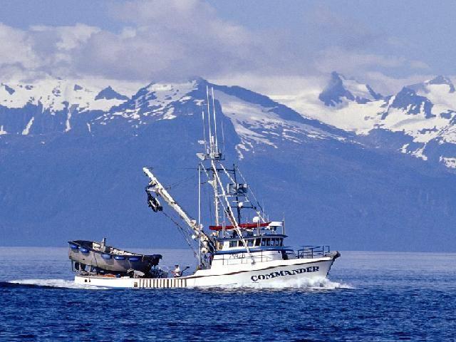 Misión ???? – Déjà vu. Purse-Seiner-On-Chatham-Strait-Alaska_zpsd47d3b4a