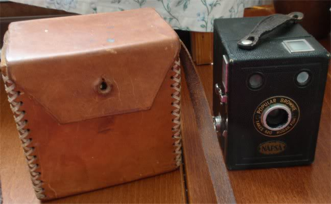 Anyone here that is interested in OLD CAMERAS??? KODAK