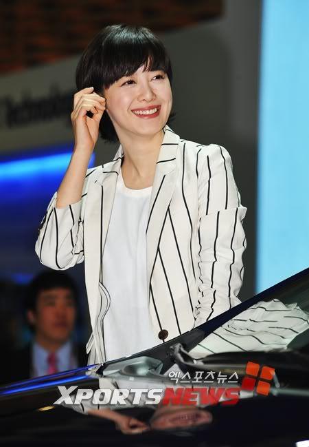 [Photo] Hye Sun tại buổi ra mắt Toyota - Page 3 1301546284840
