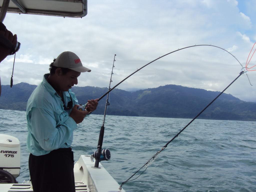 Mis Primeras Piezas en Deep Jigging / Reporte de Pesca Dave Chaves / Costa Rica DSC04671