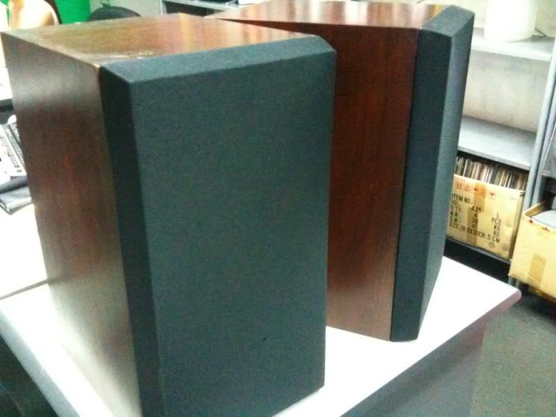 ATC SCM 20 bookshelf speaker.Non bi-wire (used) 3eda5b40