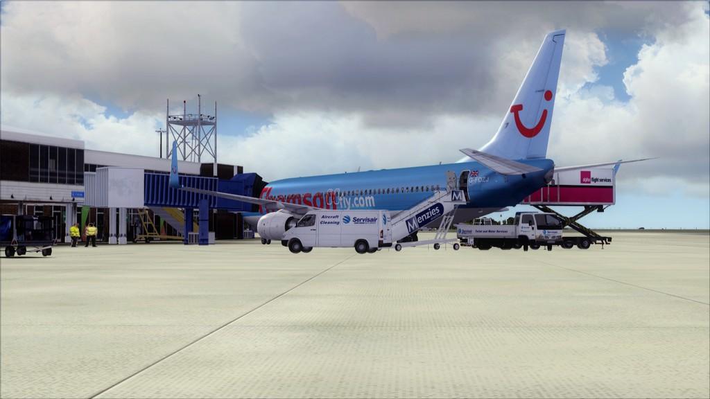 Thomsonfly B738-> Cardiff - Heraklion EGFF-LGIR1