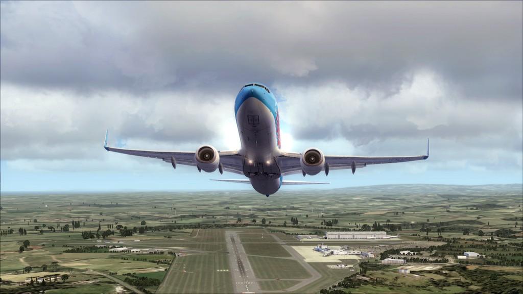 Thomsonfly B738-> Cardiff - Heraklion EGFF-LGIR5