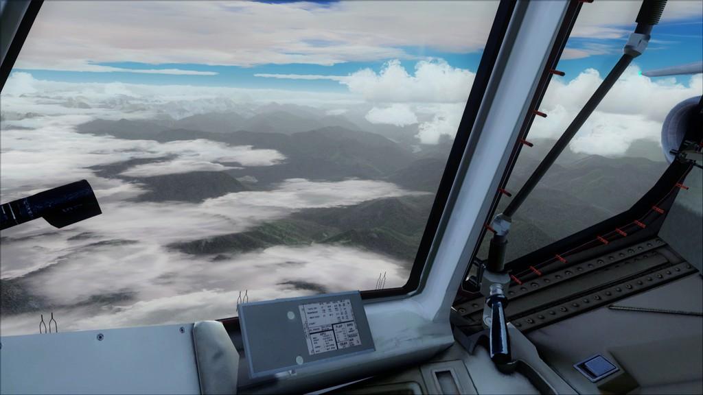Euro Wings RJ85->EDDL-LOWI EDDL-LOWI15