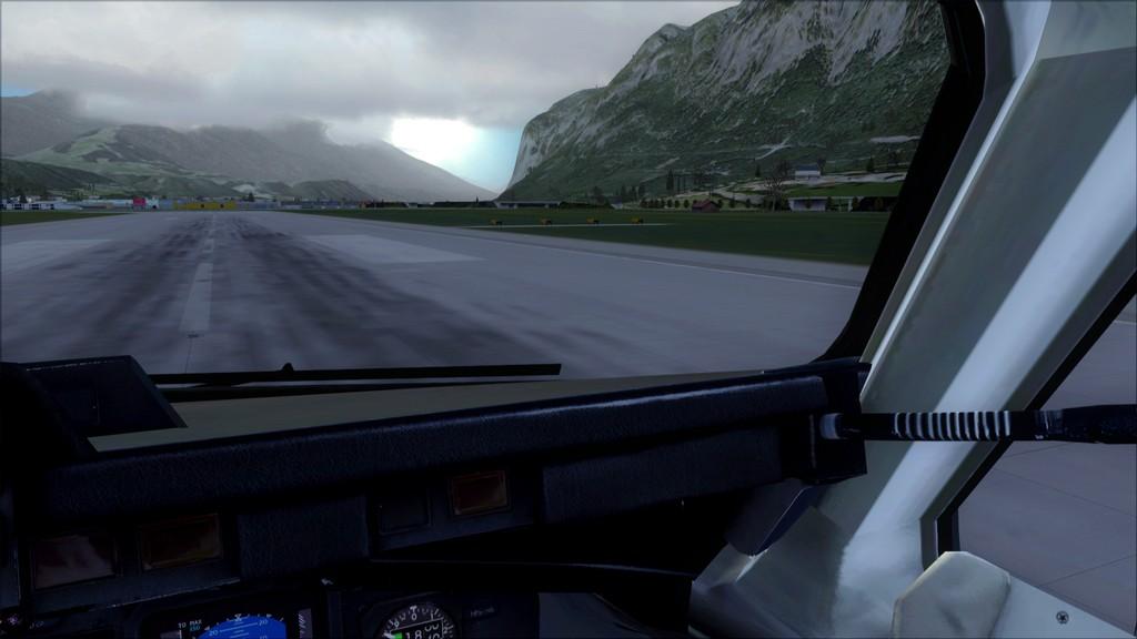 Euro Wings RJ85->EDDL-LOWI EDDL-LOWI19