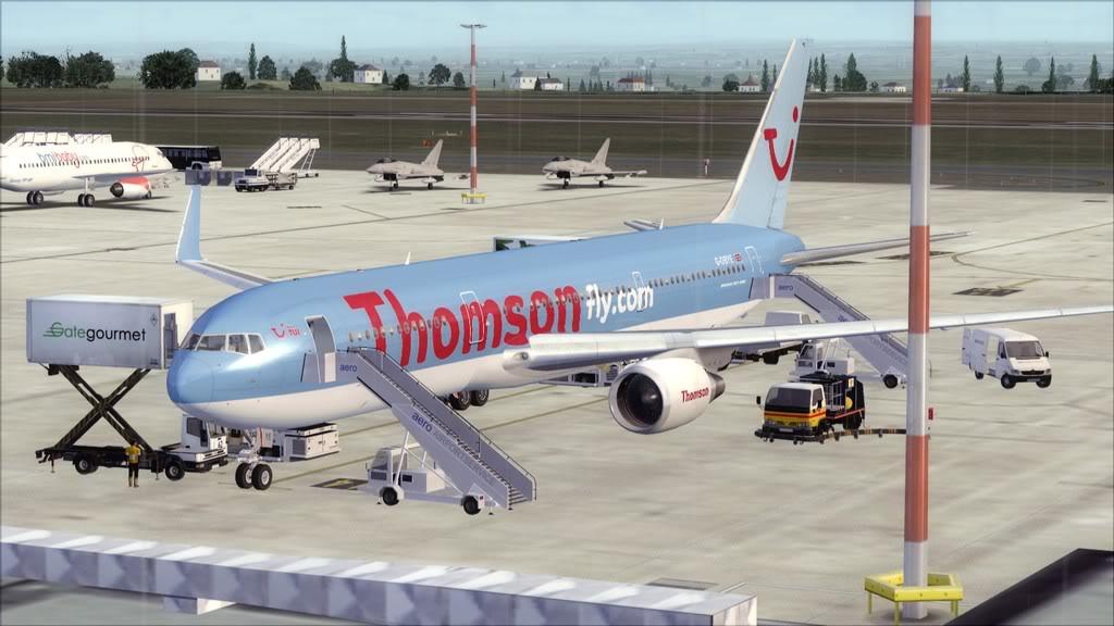 Thomsonfly->East Midlands - Sharm El Sheikh EGNX-HESH1