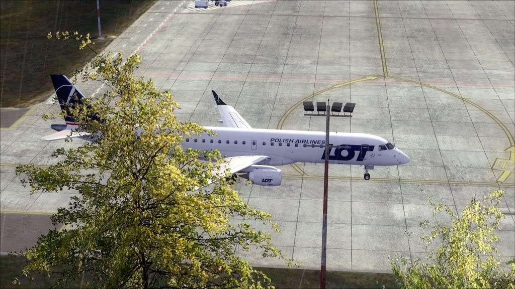 LOT E195 -> Athens/LGAV - Krakow/EPKK LGAV-EPKK20