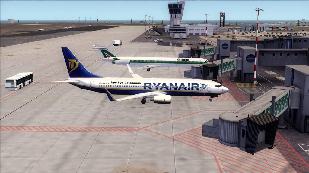 Ryanair-> Maastricht/EHBK - Bari/LIBD EHBK-LIBD22
