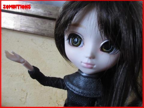 [Pullip Kiyomi] Evy, tueuse de zombies. Evy_0488