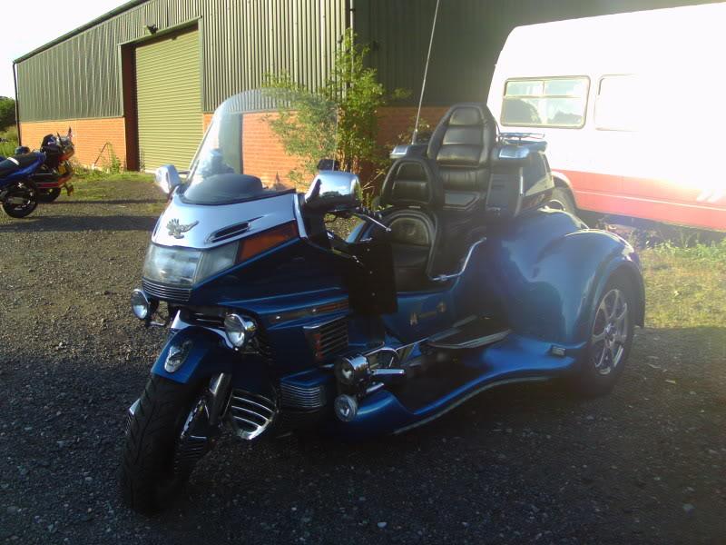 Bike meet near Bridgenorth...some lovely LC's! IMAG0330
