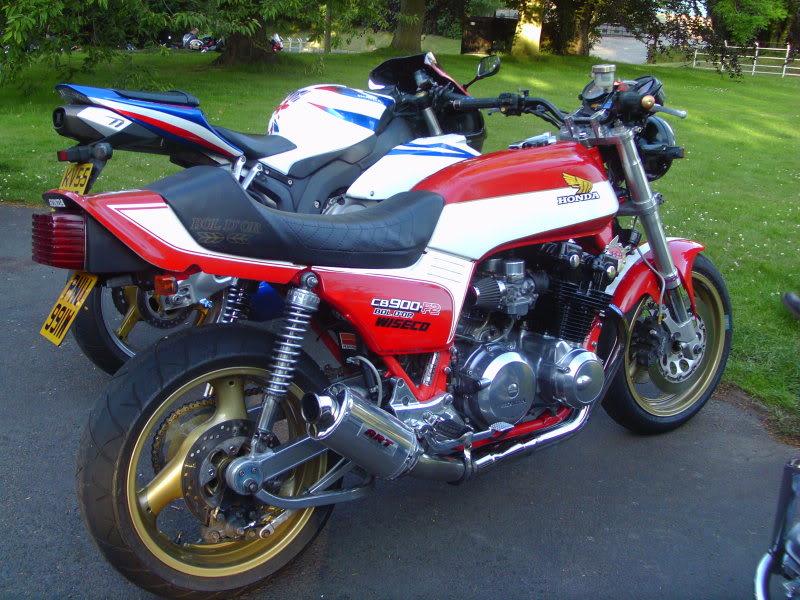 Bike meet near Bridgenorth...some lovely LC's! IMAG0357